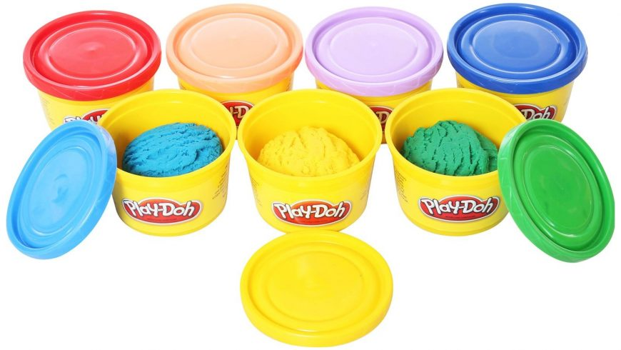 Playing with Playdough – A Speech Therapy Blog Post