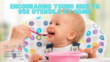 Encouraging Young Kids to Use Utensils At Home